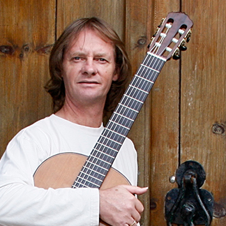 [Guest Review] Classical Guitarist, David Russell, Spain – March 12, 2016